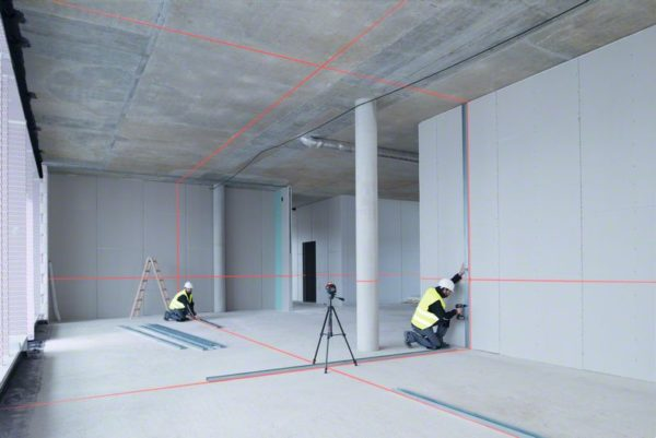 Линейный лазерный нивелир Bosch GLL 3-80 возможность работать вдвоем